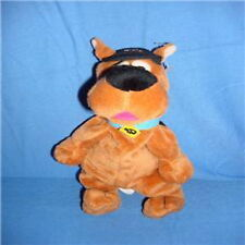 WARNER BROTHER STUDIO SCOOBY DOO W/ CAP BEAN BAG PLUSH
