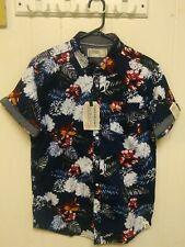 NWT Men's Free Planet SS Button Down Hawaiian Shirt, Size Large.