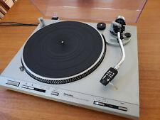 Technics SL-D205 Turntable Direct Drive Semi-Automatic - Near Mint!