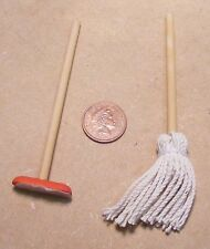 1:12 Scale Kitchen Cleaning Set Mop & Squeegee Tumdee Dolls House Miniature