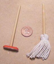 1:12 Scala Casa delle Bambole Miniatura Accessorio Cucina pulizia Spazzola spazzolone scopa &
