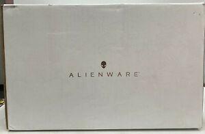 Alienware - Aurora R8 Desktop - Intel Core i7-16GB Memory - NVIDIA GeForce RTX 2