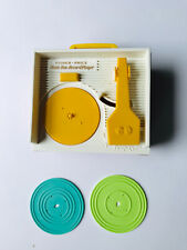 FISHER PRICE RECORD PLAYER Music Box - w/ Records - 2010