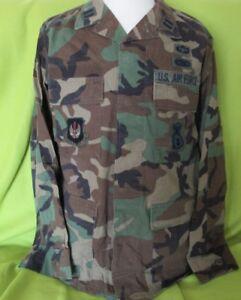 BDU Kampfhemd  US Army / Airforce mit Effekten, vers. Ausf. Woodland