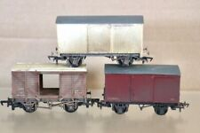 RATIO KIT BUILT WEATHERED RAKE of 3 BR CLOSED & REFRIGERATED WAGON nv