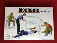 Fujimi Model 1/24 Garage & Tool Series No.3 Mechanic Plastic Model GT-3