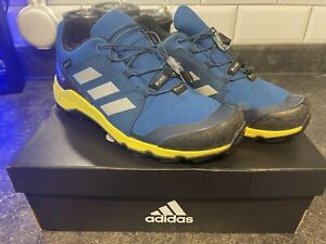 Kids Adidas Terrex Hiking Trainers Size 4.5/37.5