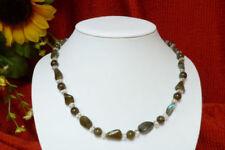Halsketten und Anhänger mit Edelsteinen aus Feinsilber Schönheits-Sets