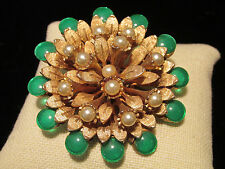 Vintage Signed HAR Gold-tone Brooch Pin Faux Pearls Cabochon Green stones