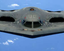 CLOSE-UP OF A B-2 SPIRIT STEALTH BOMBER 8x10 PHOTO USAF