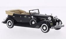 NEO 45769 - Cadillac Fleetwood Allweather Phaeton cabriolet noir - 1933   1/43