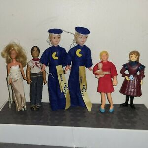Dollhouse Miniature Dolls Mixed Lot of 7 Bendable mother 1982 glamor girl more
