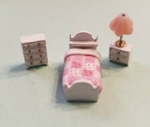 Dollhouse Miniature 1:144 Scale Country Style Child's Room Furniture  ASSEMBLED