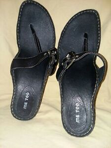 "Me Too Black Leather Heeled Flip Flop. Womens Size 10M. Silver Buckles 3"" Heel"