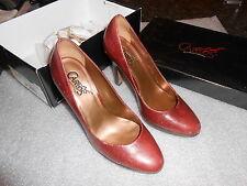 Carlos by Carlos Santana Presume platform pumps heels Rouge 7M EUC msrp $89