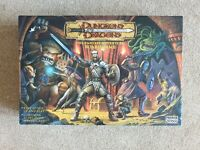 2003 PARKER BROTHERS DUNGEONS & DRAGONS FANTASY BOARD GAME