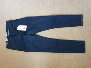 Levis 310 Shaping Skinny. Size 30.