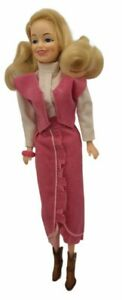 Vintage 1970s Dolly Parton Doll Celebrity in Western Outfit EEGEE Hong Kong 1978