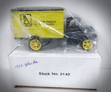 1926 Mac Bulldog Panel Truck - Scale 1:25