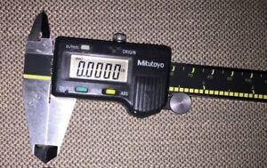 "Mitutoyo 500-196  150 mm Digital Caliper  CD ""6"" CS .Absolute Digimatic"