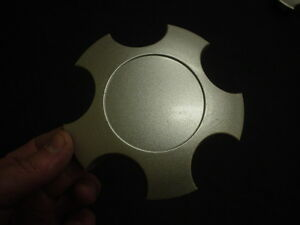 Cadillac Catera Wheel Center Cap All Silver Finish 90 538 077 BD 90538077BD