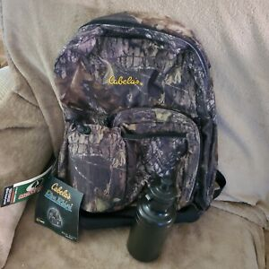 Cabelas Camouflage Pine Ridge Water Bottle Day Pack.  New w/ Tags