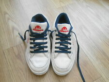 ELLESSE TRAINERS  SIZE UK 4