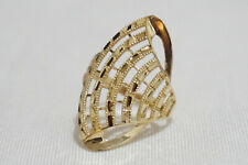 LAYAWAY OK! 18K GOLD CURVED LINES RING - 2.90 GRAMS