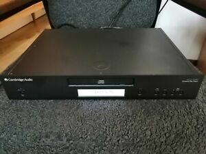 Superb sounding Cambridge audio 340C CD player, black, new belt VGC,
