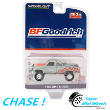 CHASE ! Green Machine ! 1:64 - 1982 GMC K-2500 BFGoodridge Custom 4x4 (Blue)