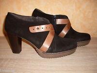 Ankle Boots Kurz Stiefelette NEU Gr. 40 schwarz braun USED Nubukleder Hosenschuh