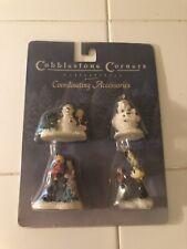 Cobblestone Corners Christmas Village Coordinating Accessories, People A7
