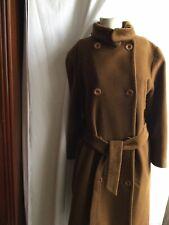 Abrigo Vintage.  Talla.   L.  Zara. Estilo Militar
