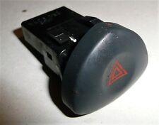 Renault Clio MK2 2004 1.4l - Hazard Warning Light Switch