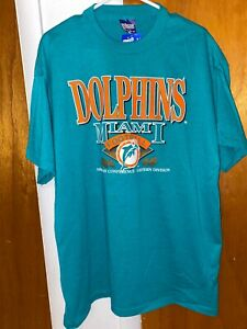 Vintage Miami Dolphins T-shirt!! Size XL (Fits Like A Large)