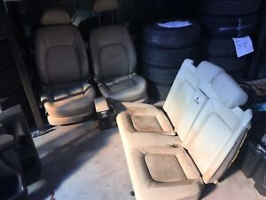 VW BEETLE CONVERTIBLE BEIGE CREAM LEATHER SEATS FRONT AND BACK
