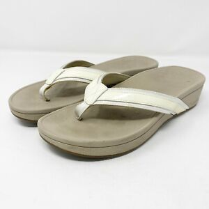 Vionic Ivory Patent Leather Kehoe Thong Wedge Sandals US 9