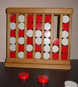 Vier in einer Reihe - Holzspiel
