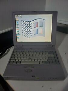 Vintage Windows 98 Laptop, Toshiba Satellite 490CDT Pentium II, 32MB, 4GB, WORKS