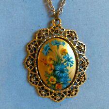 VTG Lucite Pendant Mirror Necklace Floral Medallion Openwork Frame Chain EUC