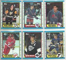 1989-90 TOPPS 198-card Hockey Set w/ Joe Sakic ROOKIE
