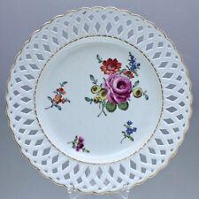 Ludwigsburg um 1770: Teller mit Korbrand, Durchbruch, Blumen, Rosen, Prunkteller