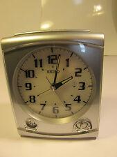 Seiko Despertador Reloj Grande 100 mm ancho/130 mm alta con luz