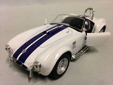 Kinsmart 1:32 Display 1965 Shelby Cobra 427 Diecast Car Model White Kt5322D