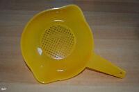 Tupperware Sieb mit Standfuß gelb wie neu!