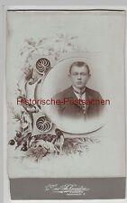 (F3477+) Orig. Foto Kabinettfoto Herr m. Zierrahmen, Fotogr. Coburg, um 1900