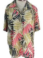 Notations Woman top blouse size 1X Hawaiian print floral red tan short sleeve