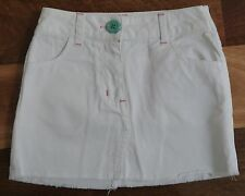 Girls size 7 white skirt - great condition