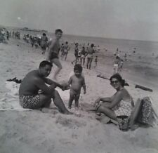 Atlantic City Family vacation at beach Vintage original snapshot b&w photo A5