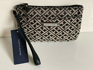 NEW! TOMMY HILFIGER BLACK NATURAL WALLET CLUTCH POUCH WRISTLET BAG PURSE SALE